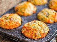Рецепта Лесни и вкусни солени мъфини с кисело мляко, бакпулвер, яйца, брашно и сирене